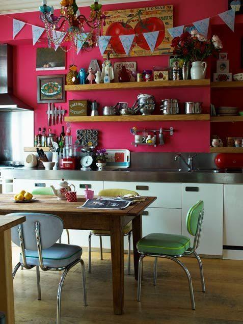 Cocina comedor cool con surtido de sillas mix & match 5