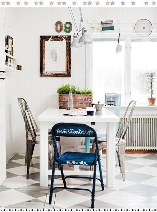 Cocina comedor cool con surtido de sillas mix & match 8