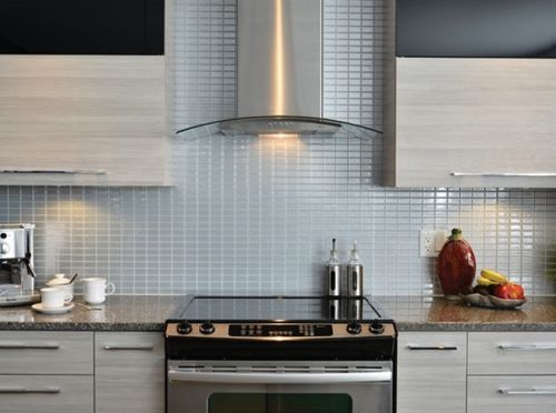 Frentes de cocina nuevos con estos azulejos adhesivos 11