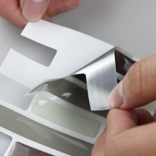 Frentes de cocina nuevos con estos azulejos adhesivos 3