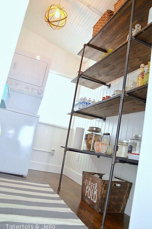 Estanterías con tuberías llega la decoración industrial a las cocinas 3