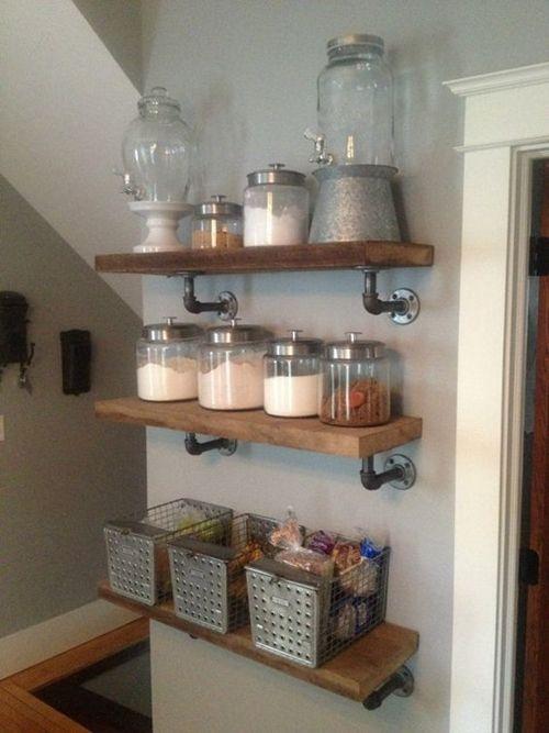 Estanterías con tuberías llega la decoración industrial a las cocinas 5